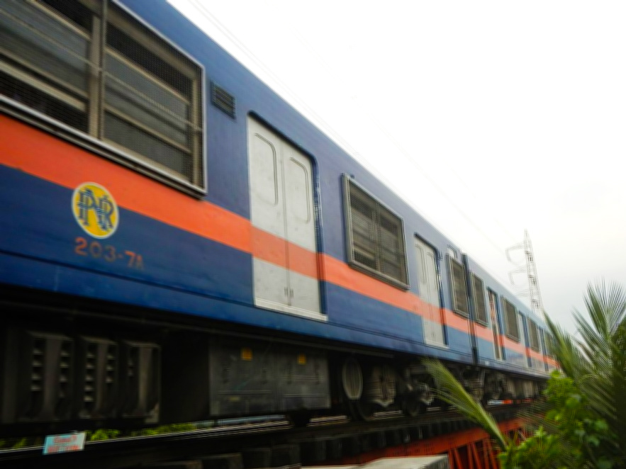 Pasig_River_Pandacan_Barangays_Philippine_National_Railway